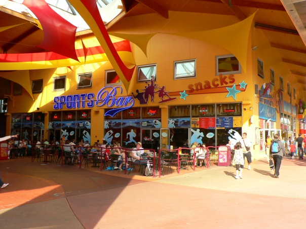 Sports_Bar_(Disney_Village)