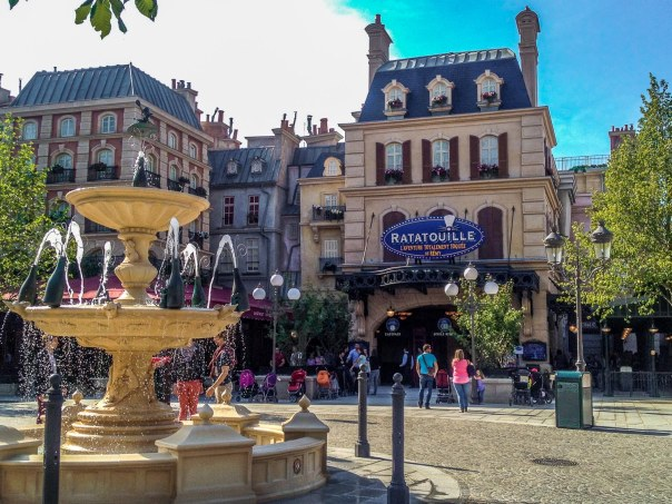 la_place_de_remy_ratatouille_ride