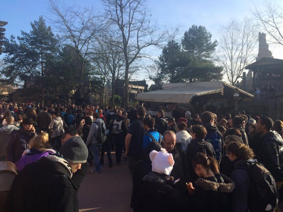 Disneyland Paris peut il vraiment se faire rattraper par des voisins Européens?  - Page 3 1898233_10152611217923473_6226593397359513822_n