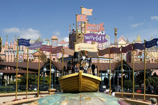 It's_a_small_world_Disneyland_Paris