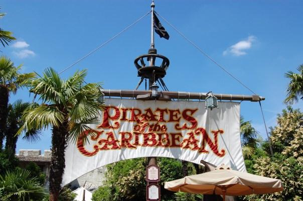 l-accident-a-eu-lieu-dans-l-attraction-pirates