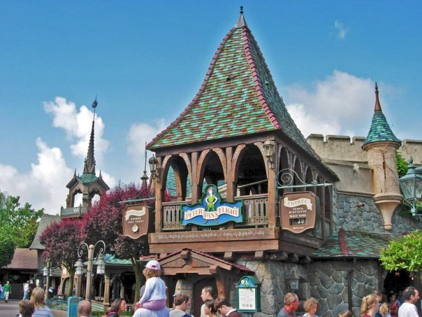 Peter_Pan's_Flight_Disneyland_Paris