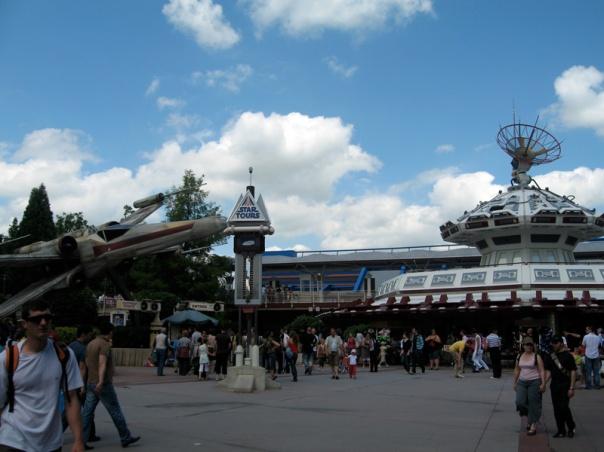 Star_Tours_at_Disneyland_Paris