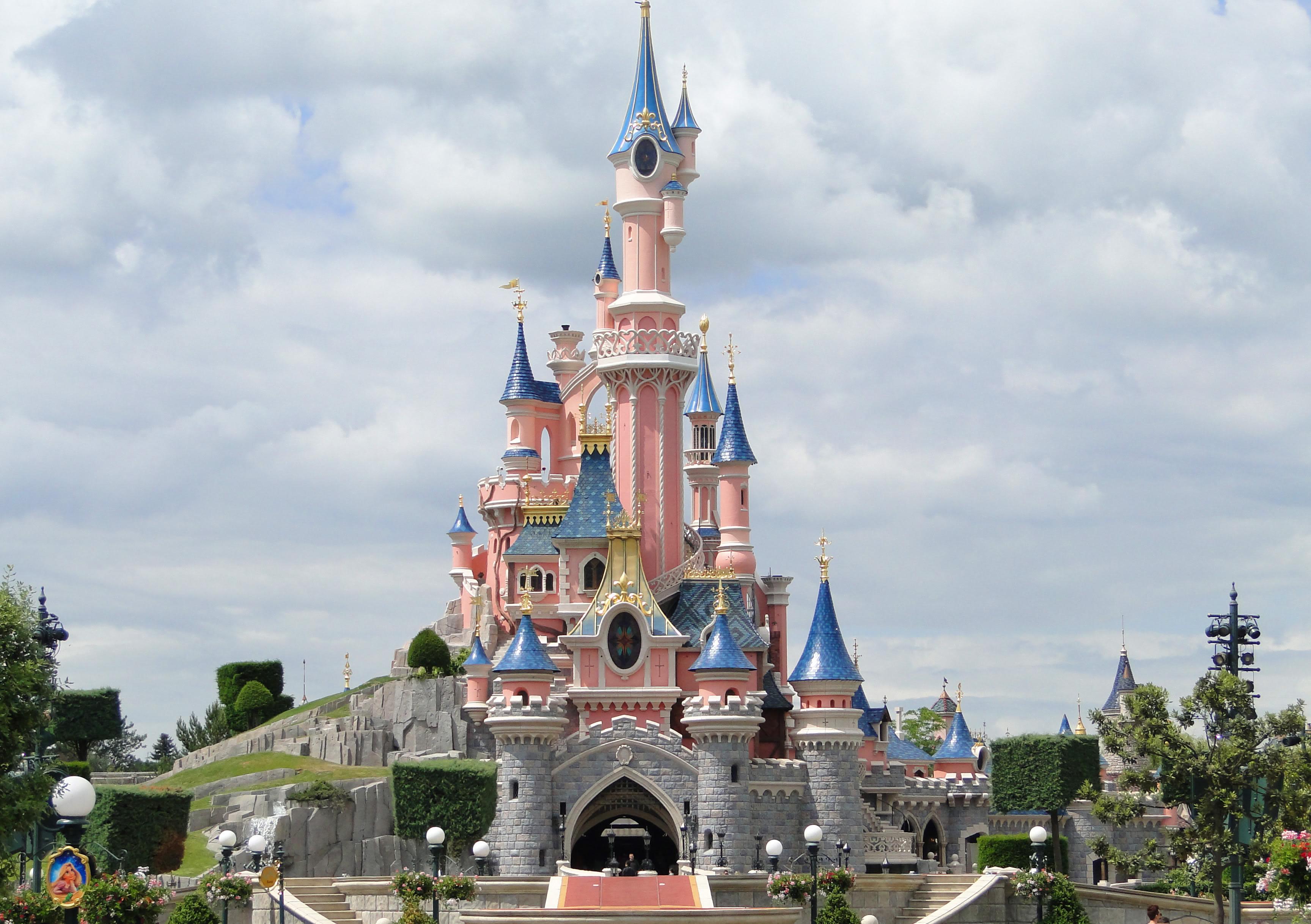 Disneyland Paris 1 Nuit Repas Demi Pension Offerts Sur