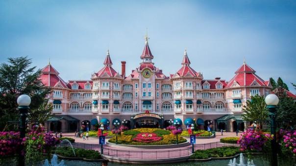 disneyland-paris-hotel