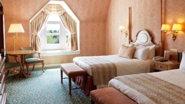Disneyland h tel disneyland paris bons plans for Chambre castle club disneyland hotel
