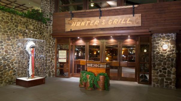 n018457_2050jan01_sequoia-lodge-hunters-grill_16-9