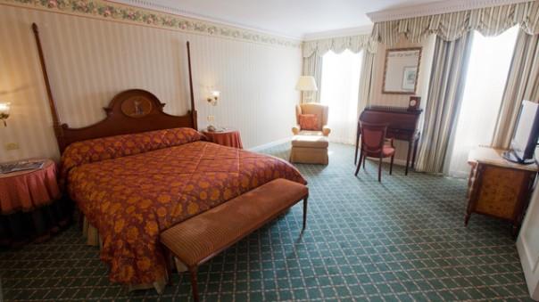 n019066_2021sep01_disneyland-hotel-tinkerbell-suite_16-9