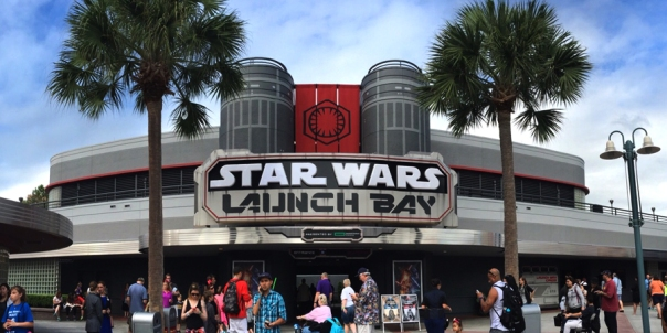 Star-Wars-Launch-Bay-900x450.jpg