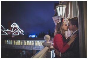 wedding-proposal-disneyland-paris-photographer-professionnal-park-disney-studios-disneyland-hotel-restaurant-hidden-discret_0023