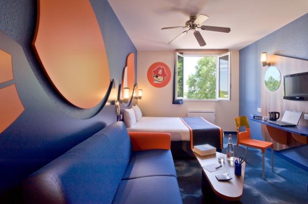 chambre-executive-hotel-explorers-disneyland-paris.jpg