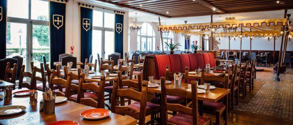 csm_dream-castle-paris-restaurant-2_54957cd170.jpg