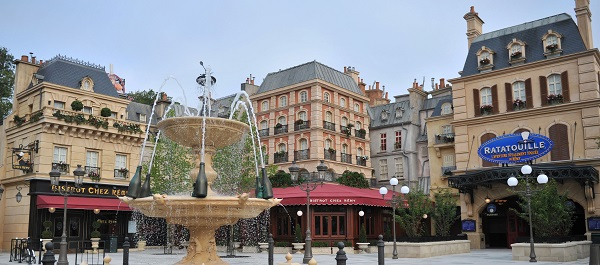 La-place-de-Rémy-copyright-Disneyland-Paris