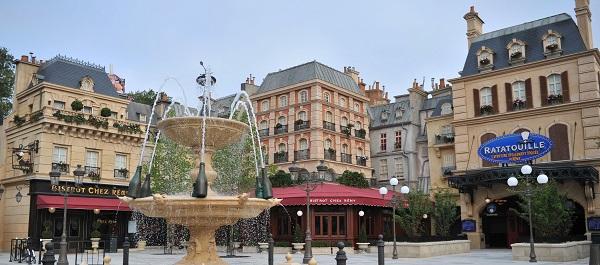 La-place-de-Rémy-copyright-Disneyland-Paris