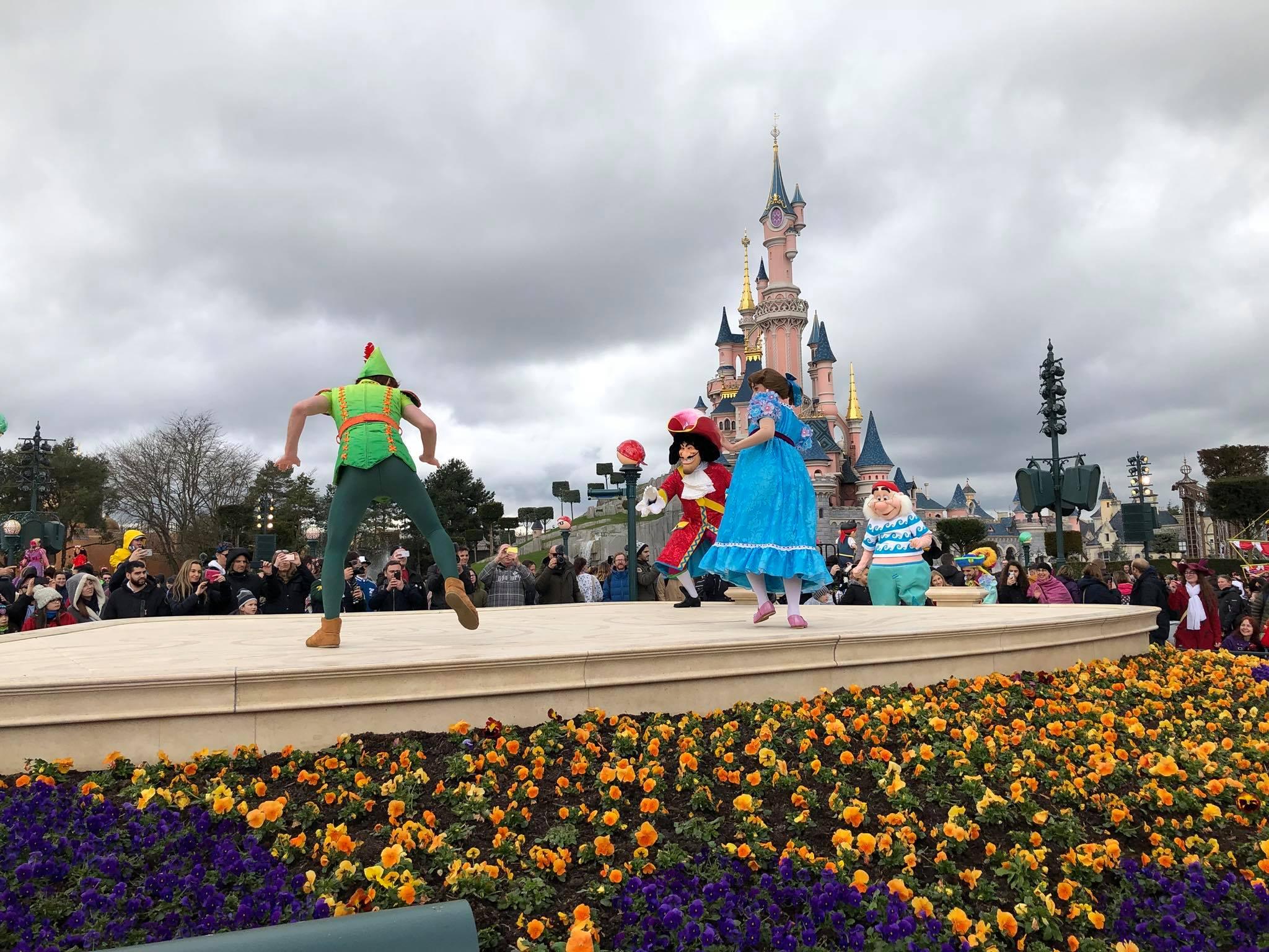 Le Festival Pirates Et Princesses D U00e9barque  U00e0 Disneyland