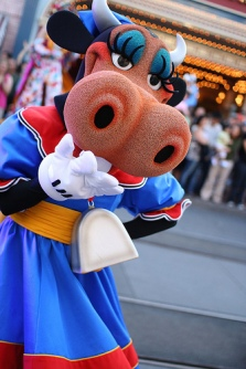 Clarabelle Cow 02