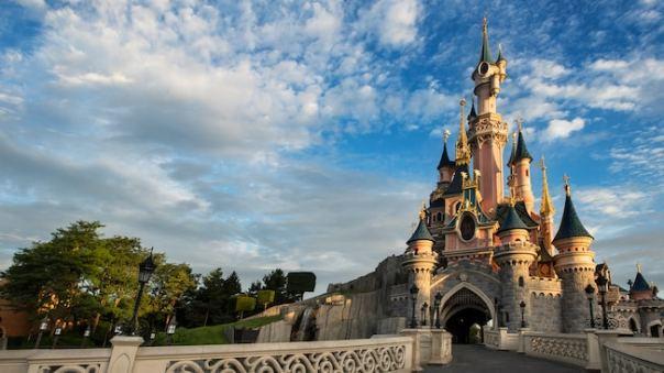 n018002_2050jan01_sleeping-beauty-castle_16-9.jpg