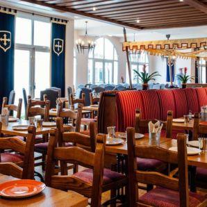 csm_dream-castle-paris-restaurant-2_54957cd170