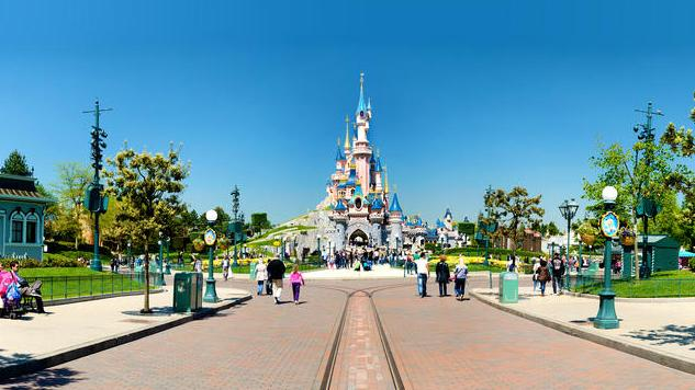 disneyland paris castle main.jpg