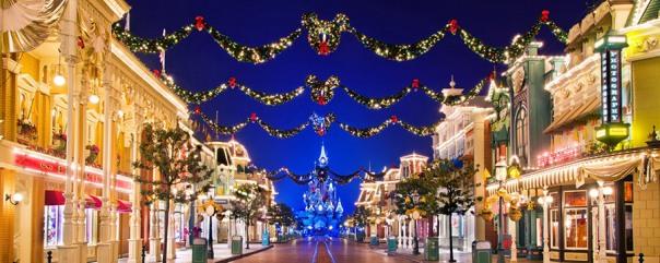 christmas-lights-decorations-main-street-usa.jpg