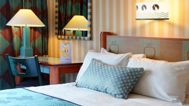 n016169_2021feb15_newyork-hotel-standard-double-room-plaza_16-9_tcm808-158311-1280x720.jpg