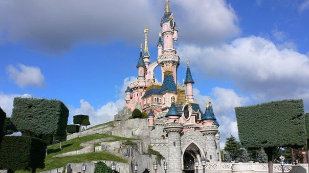 640px-sleeping_beauty_castle_disneyland_paris