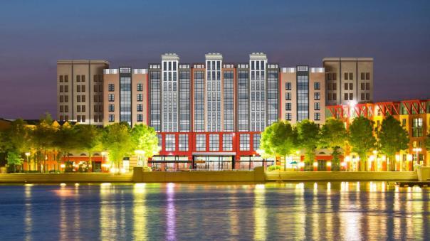 n015567b_2020oct01_world_disney-new-york-art-of-marvel-hotel-exterior-view-concept-art_16-9_tcm808-195183$w~1280$p~1